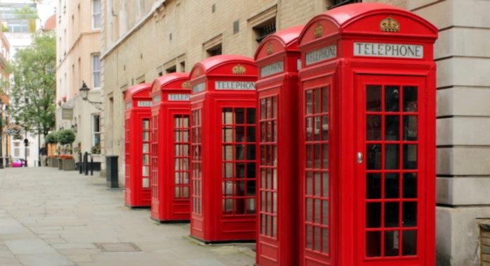 cabines téléphoniques britanniques