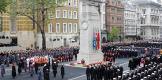 Armistice Day devant le Cenotaph