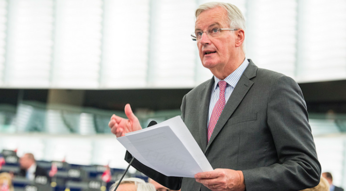 accord brexit final michel barnier theresa may