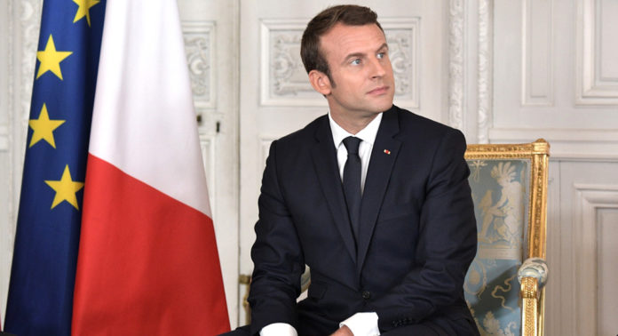emmanuel macron politique impact euro