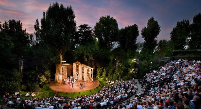 Rouverture du Open Air Theatre a Regents Park