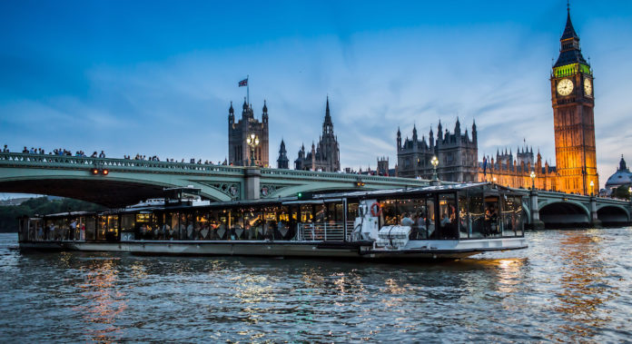 bateaux london glass room croisere tamise