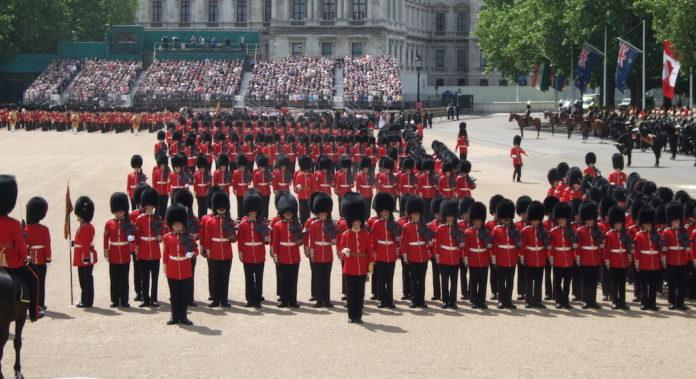 La reine celebrera son deuxieme anniversaire le 8 juin