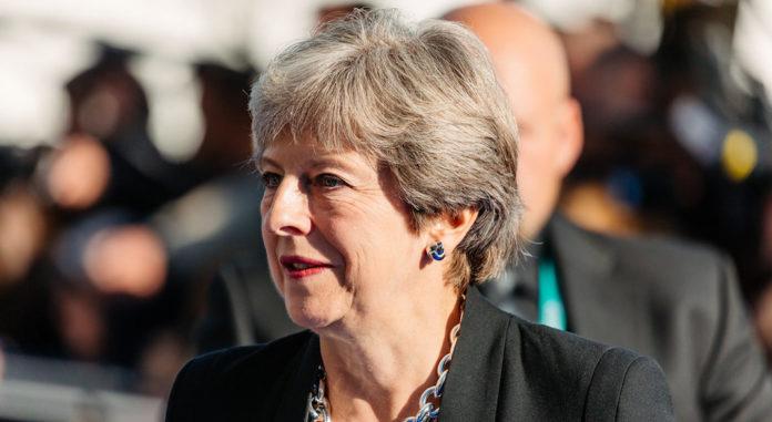 Theresa May annonce sa demission