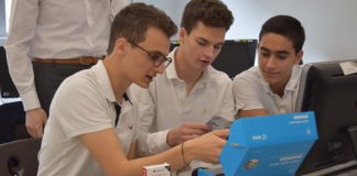eleves lycee winston churchill concours agence spatiale europeenne astro pi