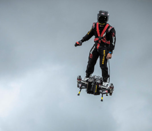 franky zapata traversee manche flyboard