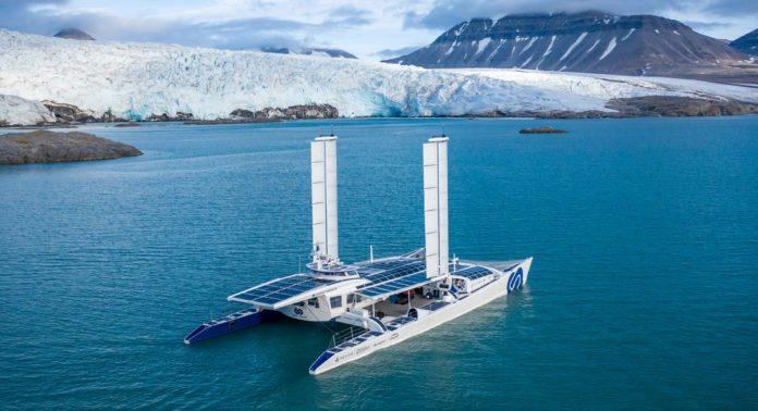 Energy Observer, le premier catamaran à hydrogène du monde fait escale à Londres