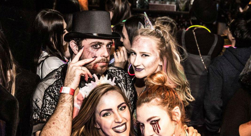 Halloween Zombie Pub Crawl