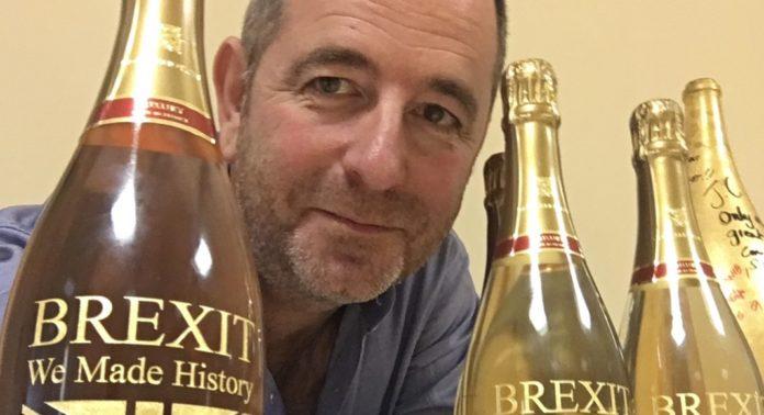Jean-Christophe Rousseau lance une bouteille spéciale Brexit