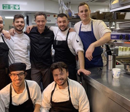 Dans les cuisines du Club Gascon à Londres avec Pascal Aussignac et son équipe