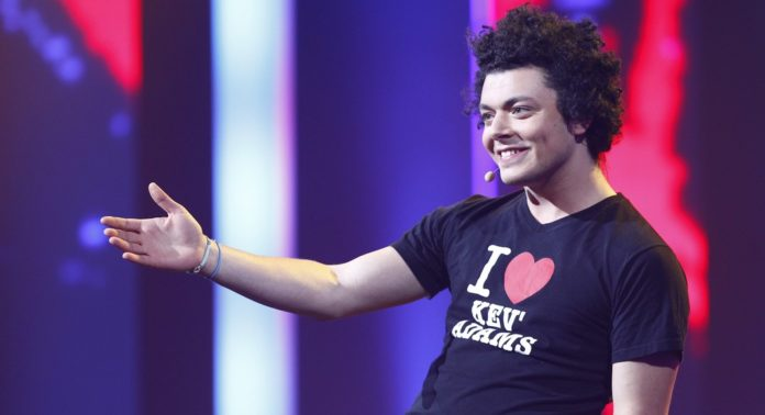 Kev Adams en tournée pour son spectacle