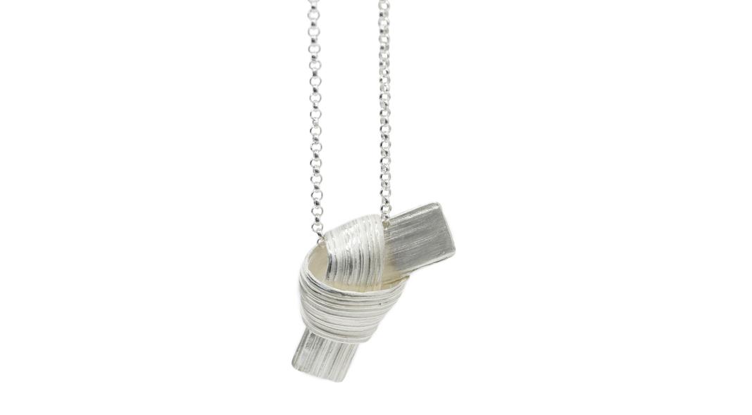 marion lebouteiller bijoux collier noeud