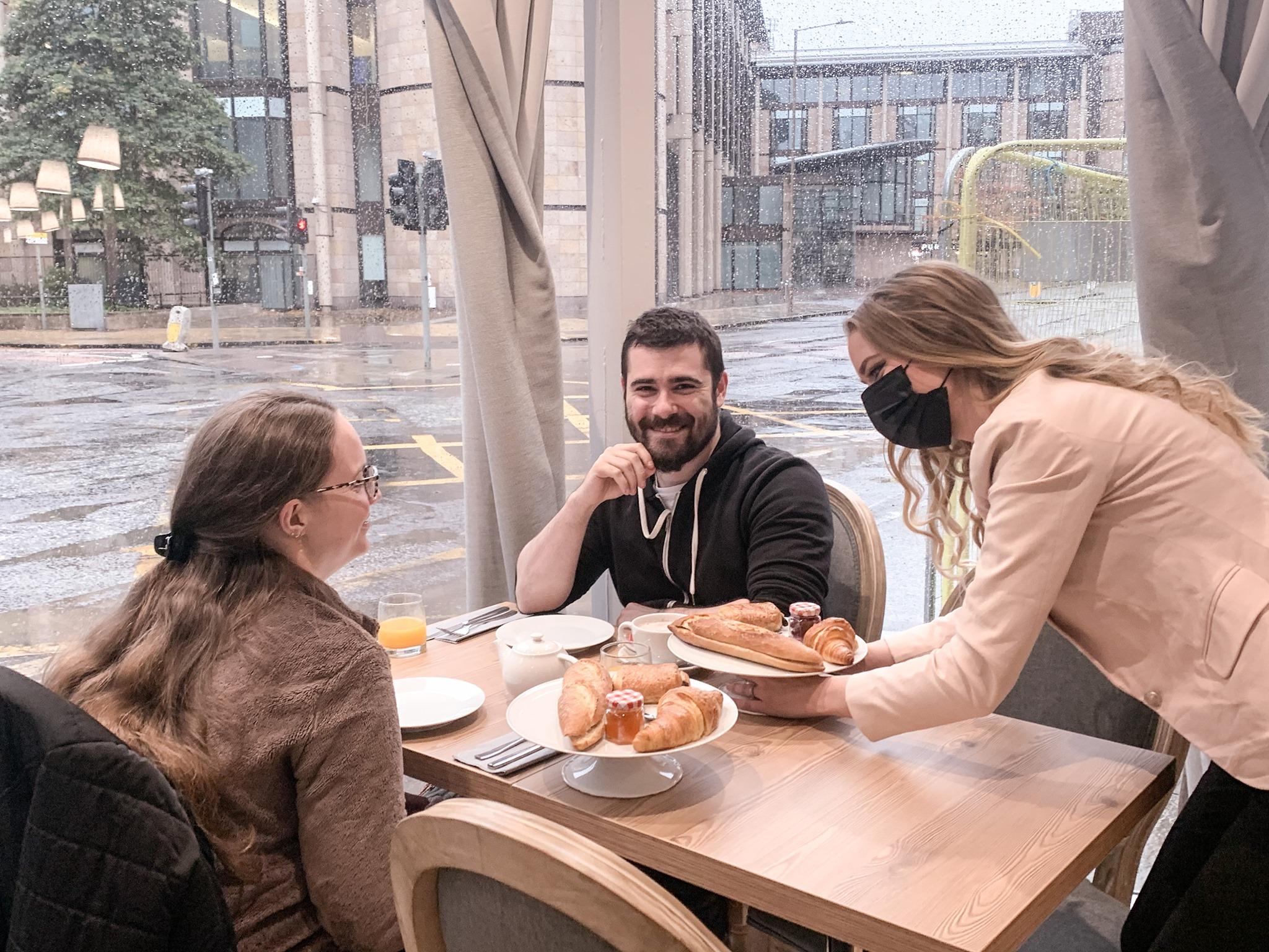 Le Petit Café, Edimbourg