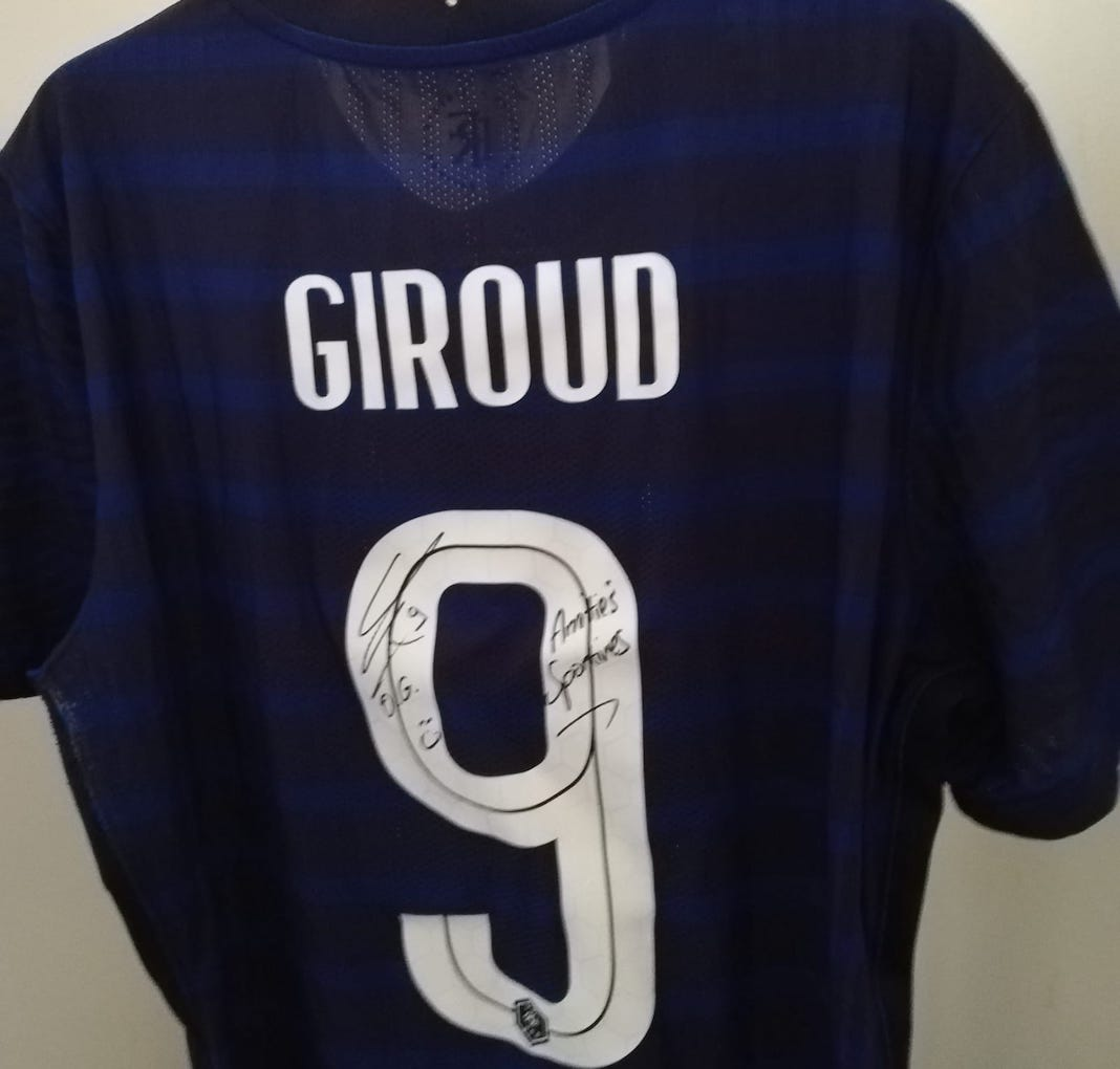 maillot dedicace olivier giroud gala charite french connect